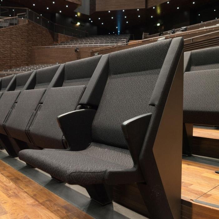Aicon005-tuoli-auki