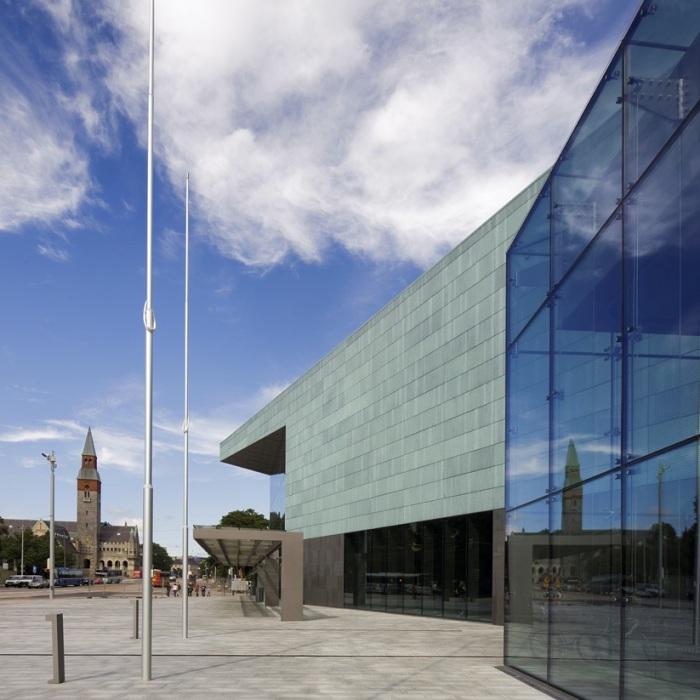 Musiikkitalo Kansallismuseon suuntaan, Helsinki 2011 # Helsinki Music Centre with National Museum in the background, Helsinki Finland 2011